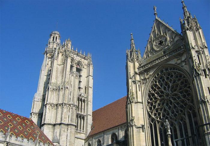 kiến trúc gothic là gì