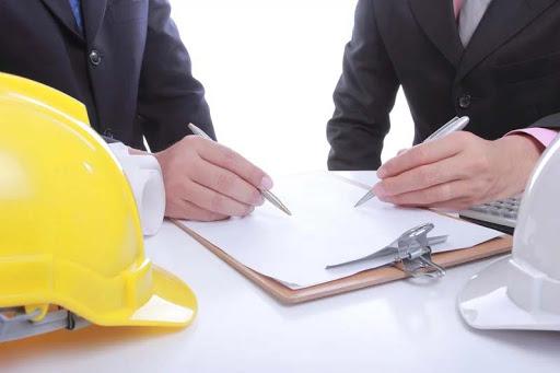 hợp đồng với nhà thầu là gì