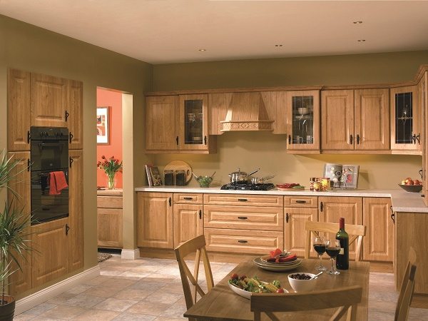 ưu nhược điểm tủ bếp gỗ tự nhiên