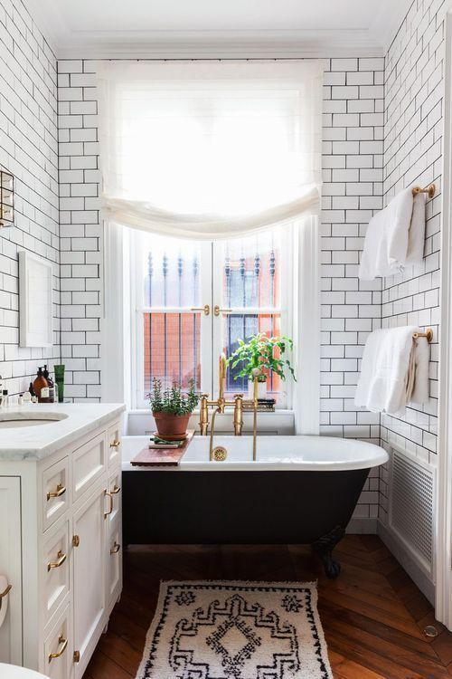 mẫu nhà tắm nhỏ đẹp có bồn tắm