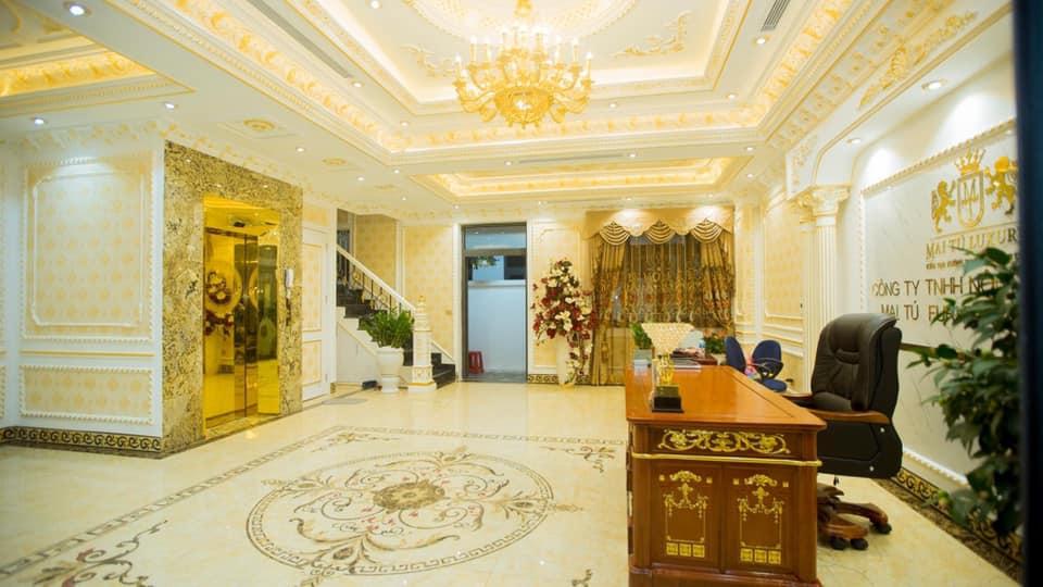 trần thạch cao phòng khách đẹp phong cách tân cổ điển