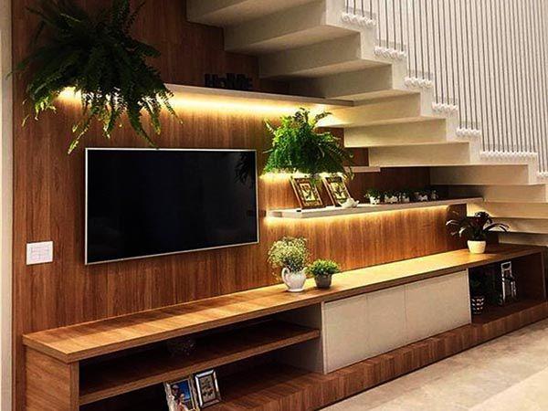 mẫu tủ tivi gầm cầu thang hiện đại
